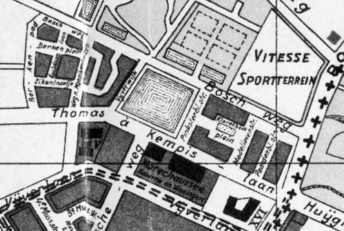 De noodwoningen op de plattegrond van 1925