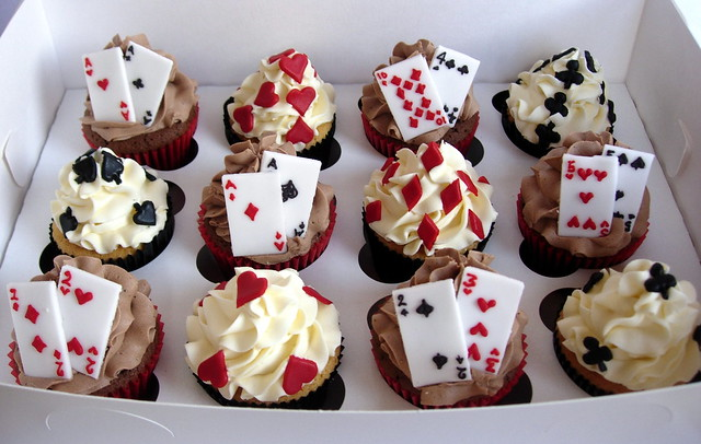 Playing Card Cupcakes Gift Box