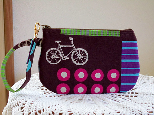 Wristlet Zipper Gadget Pouch Purse in Bicycles