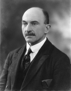 Sir Thomas Beaumont Hohler, sobre este personaje se ha dicho poco.