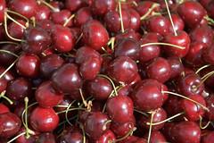 plant(0.0), myrciaria dubia(0.0), zante currant(0.0), cherry(1.0), produce(1.0), fruit(1.0), food(1.0),