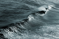 Big Waves :: Reunion Island by hippolyte photography