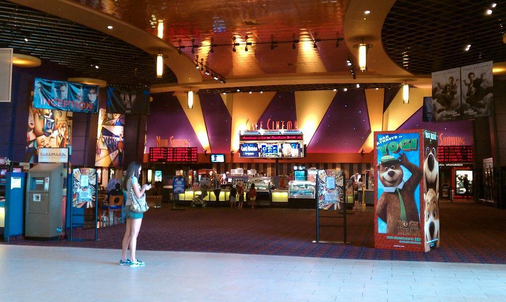 jordan creek movie theater movie theater 100 oaks