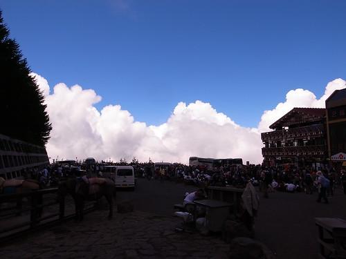 吉田口五合目の入道雲, 富士山登山(吉田ルート) Climb Mt.Fuji(Yoshida Trail)