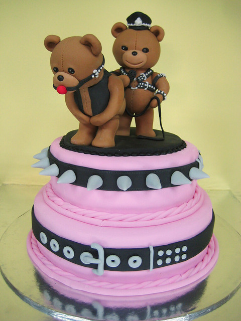 Naughty Bday Cake Images : naughty bears a very interesting birthday cake ...