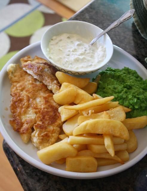 fish and chips and mushy peas with WAAAAAAAAY too much tartar sauce ...