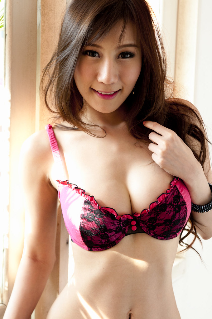 Hot Asian Ts