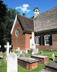 St Thomas Church & graveyard