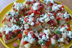 pico de gallo(0.0), panzanella(0.0), bruschetta(0.0), greek salad(0.0), produce(0.0), potato salad(0.0), salad(1.0), vegetable(1.0), food(1.0), dish(1.0), cuisine(1.0), feta(1.0),