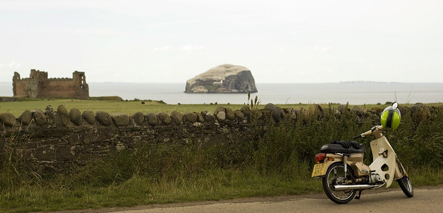 c90 bass rock tantallon pano