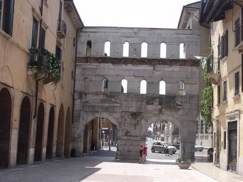 Porta Borsari, Corso Porta Borsari, Verona