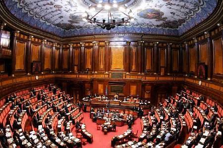 Le riforme arrivano in aula al Senato, mentre nel centrodestra forse inizia il
