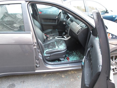 broke into the car , San Francisco Criminality by Gabriele B.