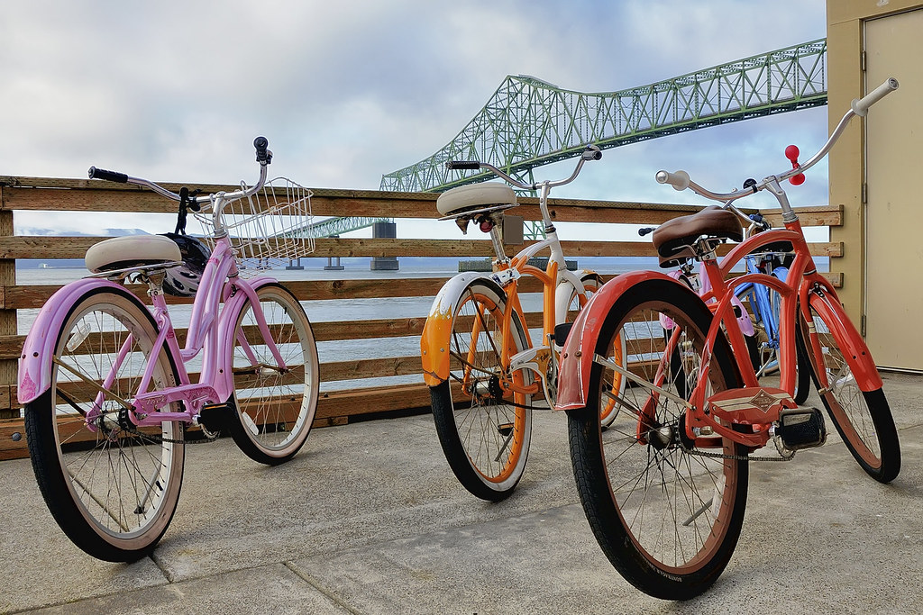Bikes on the Columbia