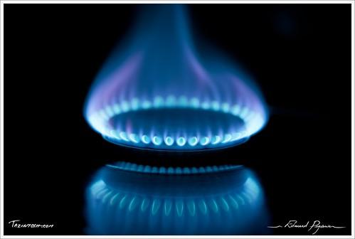canoneos5dmarkii métalmetal flammeflame chaleurchaudheathot gazgas refletréflexionreflexion brûleurgasburner