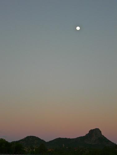 moon thumbbutte moonsetting prescottaz