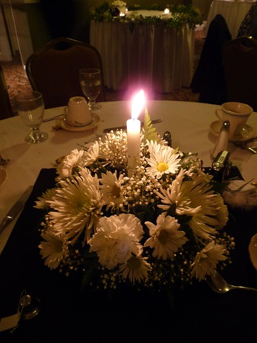 Shaylyn 39 s blog celebrities attending the wedding for Fish centerpieces wedding receptions