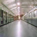 1979 Metro_12-85_Porte_de_la_Chapelle_1979