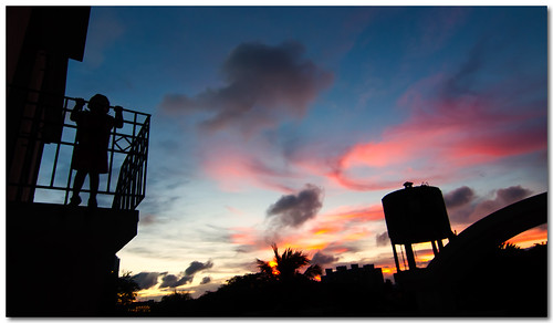 sunset sky home colors silhouette landscape terrace dusk wide son pranjal rayan canoneos50d tokina1116mm
