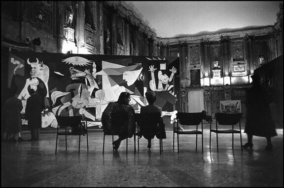 Picasso's La Guerra, by René Burri