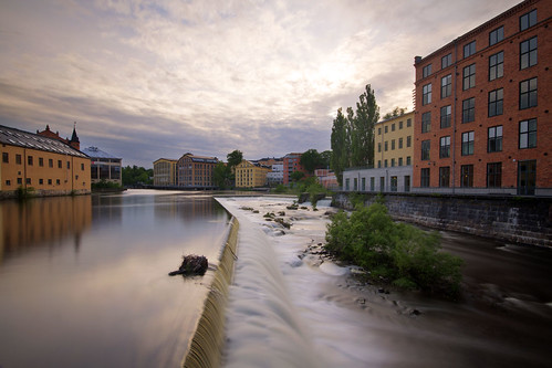 city houses water river waterfall sweden norrköping östergötland industrilandskapet sigma1020mmf456exdchsm canoneos7d