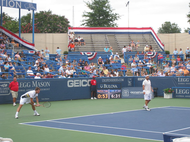 Baghdatis and Wawrinka play doubles at LM-110