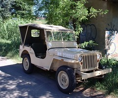 automobile, automotive exterior, vehicle, jeep cj, off-road vehicle, bumper, jeep dj, vintage car, land vehicle, motor vehicle,