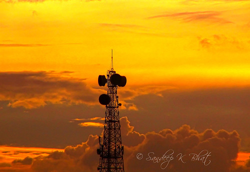 sunset tower clouds canon tank telephone bangalore boom communication sankey mast antenna bsnl s1is malleshwaram bengaluru sadashivnagar doorvani