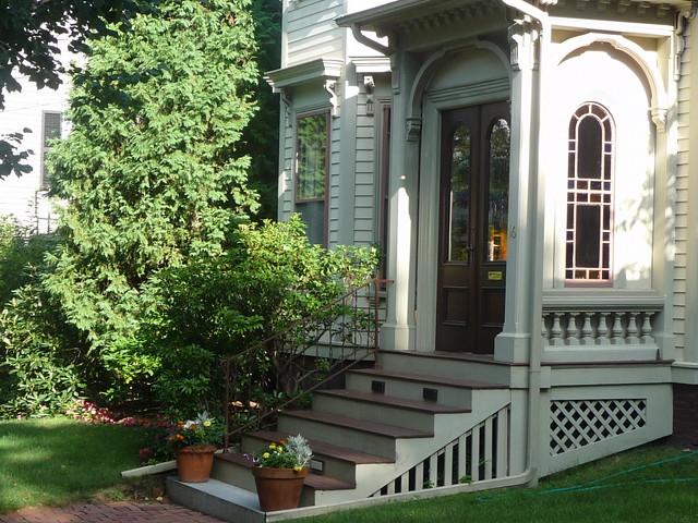 Avon Hill - Arlington Street entrance, Cambridge, MA