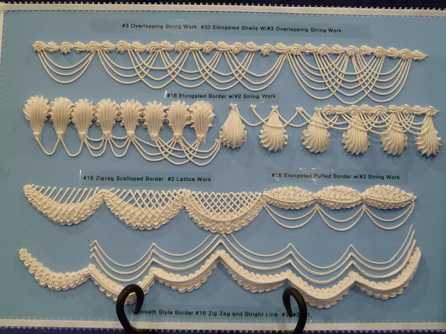 Cake Art Techniques : royal icing and embroideries - a gallery on Flickr
