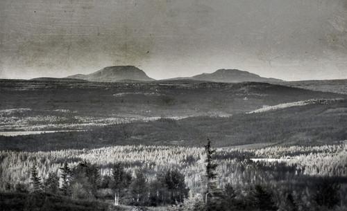 sunset mountain norway forest evening norge mood atmosphere magical hdr hemsedal valdres pentaconprakticar mellane canon550d rebelt2i eyenorth mellant