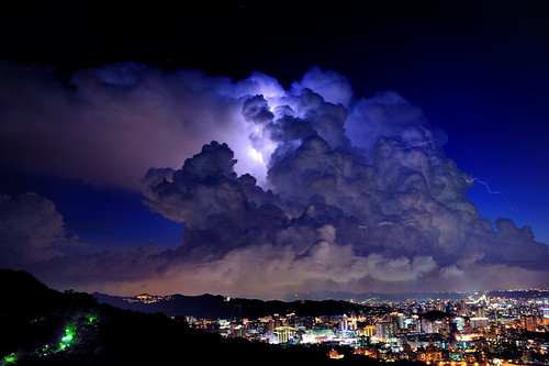storm night nikon aircraft taiwan taipei lightning 日落 2470 閃電 d3x 雷雲 雷擊 ringexcellence aboveandbeyondlevel4 artistoftheyearlevel6