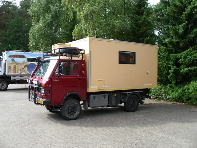 Vw lt 35 4x4 camper 1 a photo on flickriver for Interieur camping car