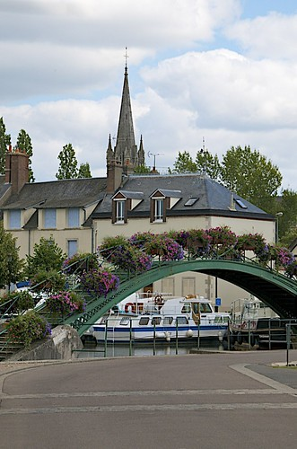 france french canal canals locks barge barging drumsara