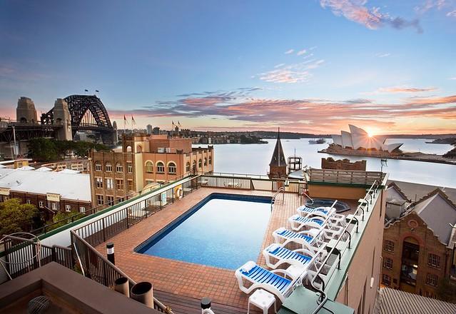 Old Sydney Holiday Inn.