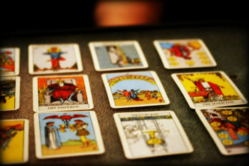Q&A: How can I do a self tarot card reading?