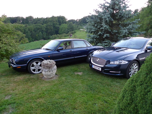 2010 Jaguar XJ V8 + 1998 Jaguar XJR V8 | Flickr - Photo Sharing!