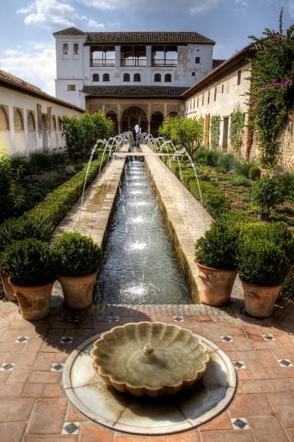 Patio de la acequia generalife alhambra patio de la - Patios de granada ...