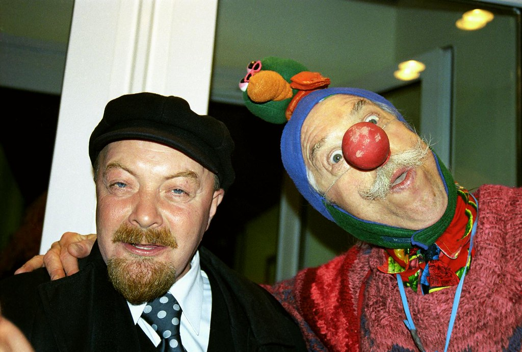 Patch & Lenin 1(John Glick/Russia Clown Trip 2004)