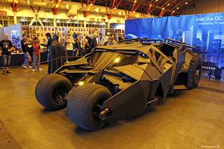 The Establishing Shot: LONDON FILM AND COMIC CON -  THE TUMBLER BATMOBILE