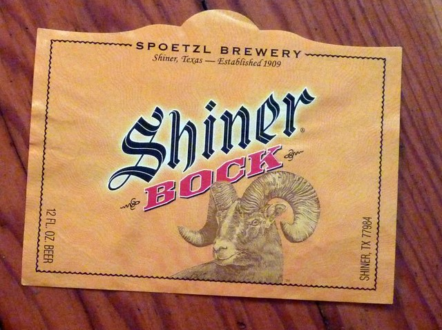 American Beer Bottle Labels | Flickr - Photo Sharing!: www.flickr.com/photos/jonstarbuck/4828545981