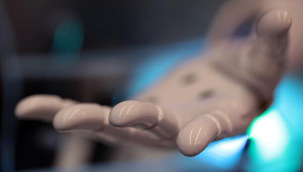 METIS Bionic Prosthetis by C. Darius Delaunay-Driquert