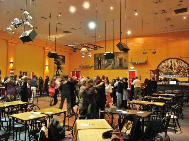 La lezione al sal n canning flickr photo sharing for A puro tango salon canning