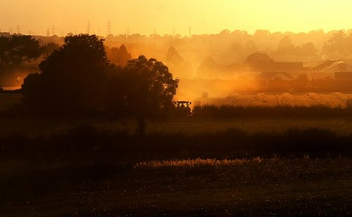 autumn ireland sky mist building 20d field landscape evening flickr best kildare cokildare 72dpipreview ©lowresolutionpreview