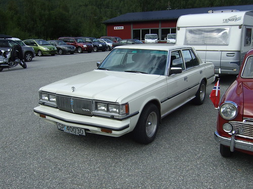 Toyota Crown MS112