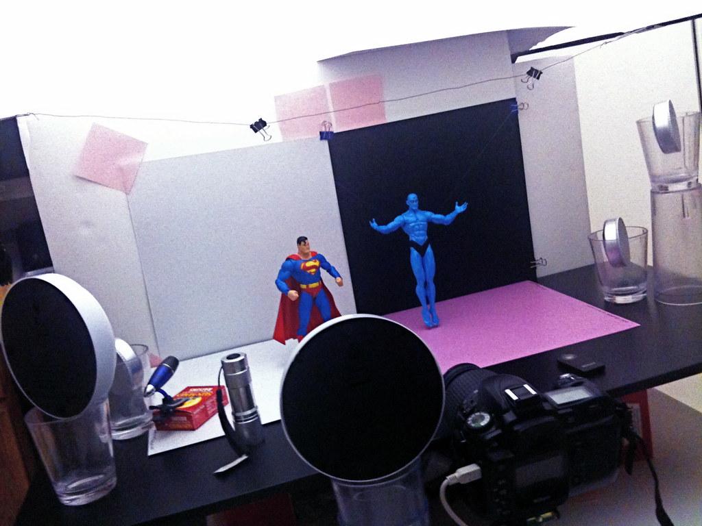 Superman vs. Doctor Manhattan Setup