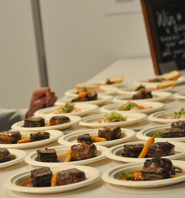 It pleases us blog archive a smorgasbord of foodie for Koots salle a manger