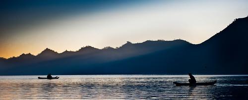 bali sunrise indonesia canoe lakebatur danaubatur kintamani 55200mm mtpchunting