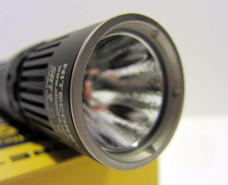 REVIEW: Nitecore SRT9 Flashlight