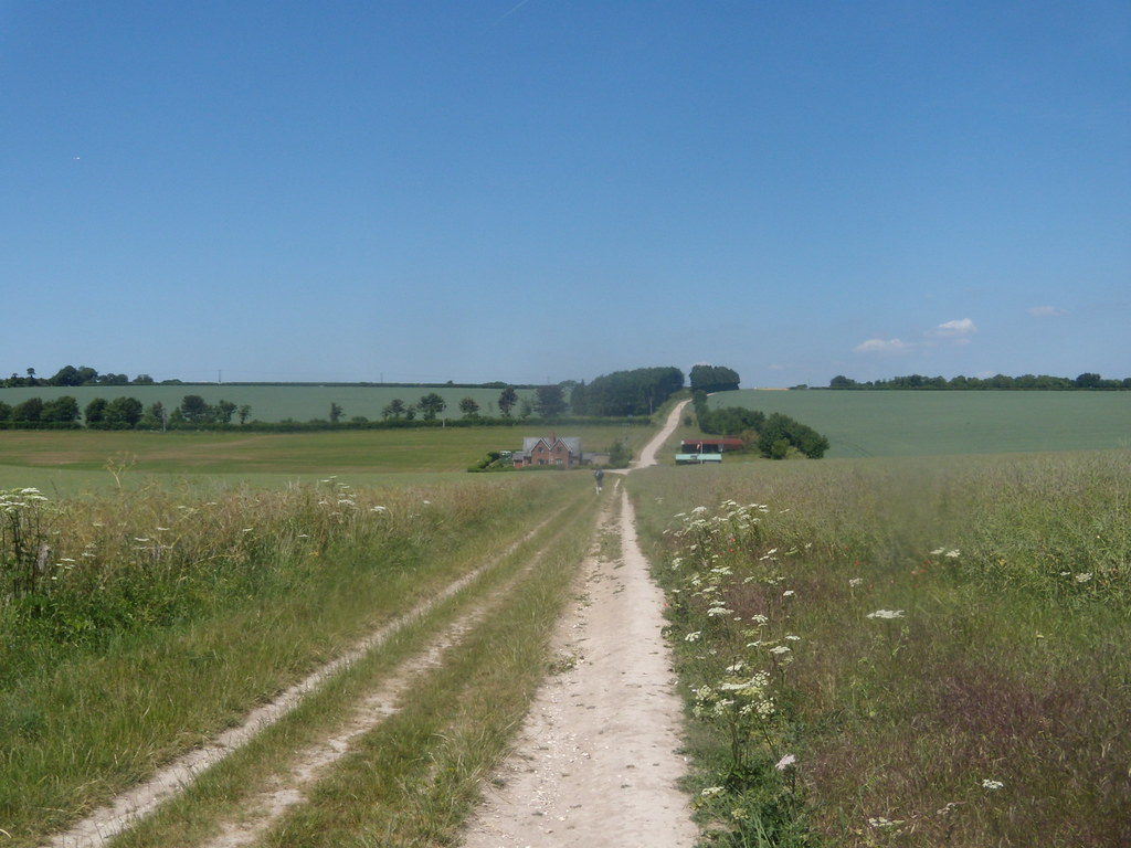 The path from Old Sarum Salisbury to Stonehenge to Amesbury